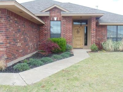 Moore Rental For Rent: 2009 SE 6th Street