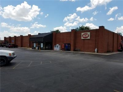 Norman Commercial For Sale: 1440 N Porter