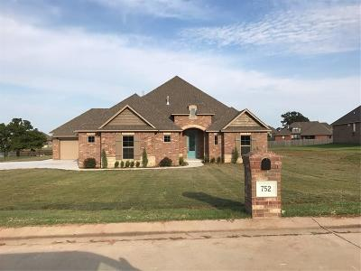 Choctaw OK Single Family Home For Sale: $301,000