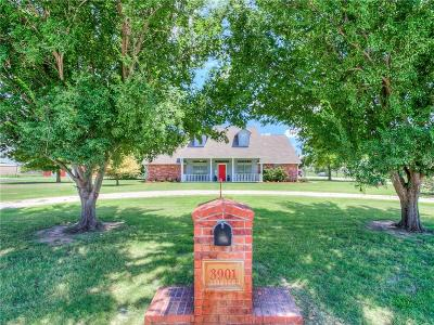 Norman Single Family Home For Sale: 3901 Pleasant Valley Circle