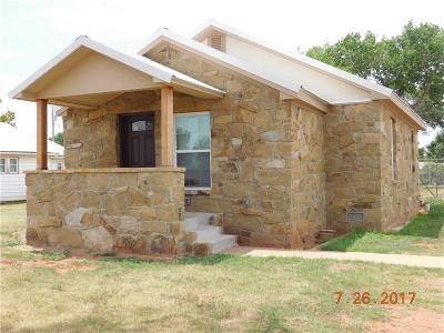 Elk City Single Family Home For Sale: 711 S Randall