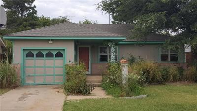 Norman Single Family Home For Sale: 301 W Acres