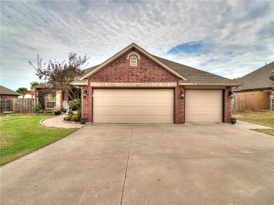 Midwest City Single Family Home For Sale: 10928 Blue Sky