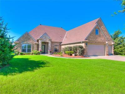 Mustang Single Family Home For Sale: 508 E Olivia Terrace