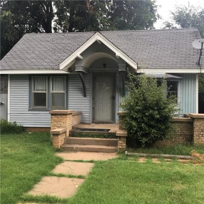 Anadarko Single Family Home For Sale: 803 W Virginia