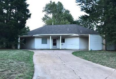 Norman Single Family Home For Sale: 1525 Peter Pan
