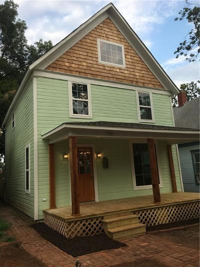 Guthrie Single Family Home For Sale: 320 S 1st Street