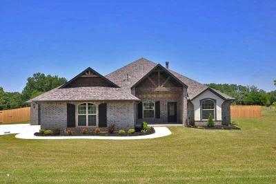 Blanchard Single Family Home For Sale: 2486 County Road 1202