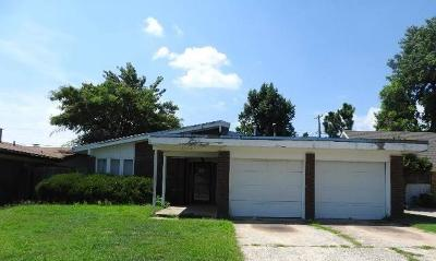 Bethany Single Family Home For Sale: 7704 NW 25th Terrace