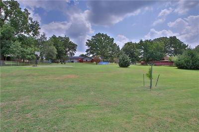 Edmond Single Family Home Sold: 1013 Liveoak Drive