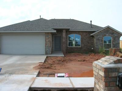 Chickasha Single Family Home For Sale: 913 Hickorystick