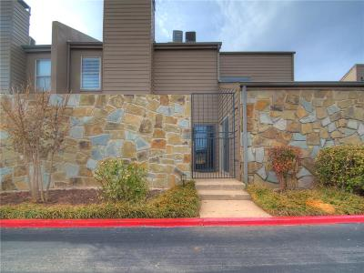 Oklahoma City Condo/Townhouse For Sale: 6000 N Pennsylvania Avenue #206A