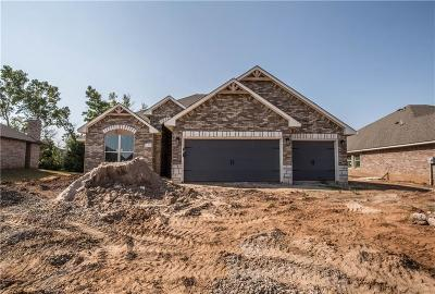 Edmond Single Family Home For Sale: 1324 Woodgrass Court