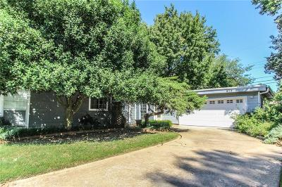 Norman Single Family Home For Sale: 913 W Timberdell Road
