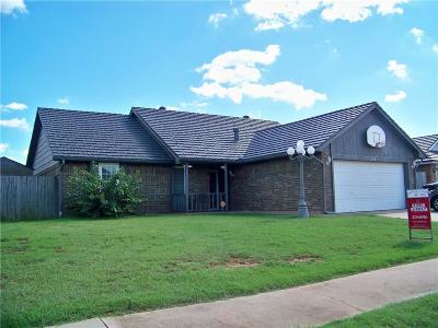 Moore Single Family Home For Sale: 1018 NE 11th