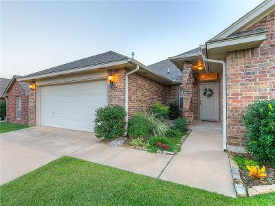 Edmond Single Family Home For Sale: 2420 NW 157th Terrace