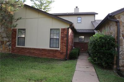 Edmond Condo/Townhouse For Sale: 14129 Crossing Way E