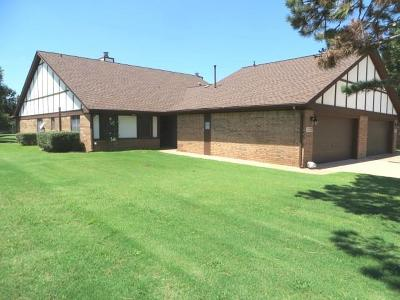 Chickasha Condo/Townhouse For Sale: 3232 Pondridge Road