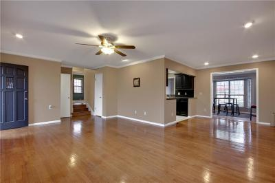 Guthrie Single Family Home For Sale: 415 E College Avenue