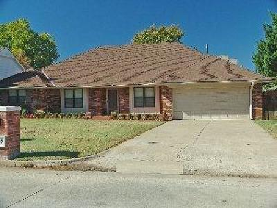 Oklahoma City Single Family Home For Sale: 13305 Green Valley Drive