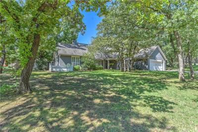 Edmond Single Family Home For Sale: 405 Crown Colony Road