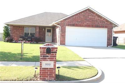 Oklahoma City Single Family Home For Sale: 900 83rd
