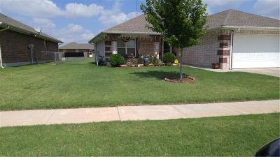 Oklahoma City Single Family Home For Sale: 8512 N Phillips Avenue