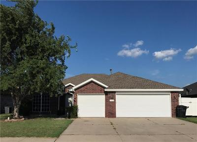 Moore Single Family Home For Sale: 2516 Port Rush