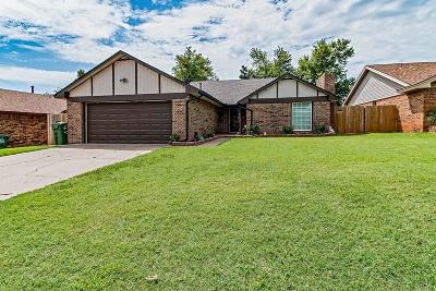 Canadian County Single Family Home For Sale: 348 Redbud Street