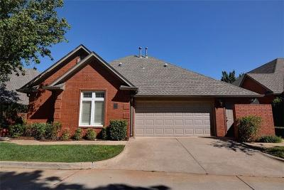 Oklahoma City Condo/Townhouse For Sale: 2825 NW Grand Boulevard #27