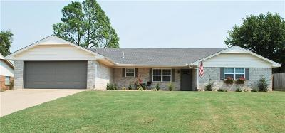 Chickasha Single Family Home For Sale: 2805 Desirae