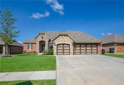 Moore Single Family Home For Sale: 3401 Elmo Way