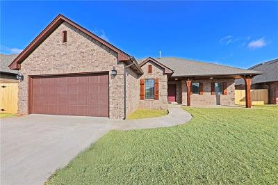 Harrah Single Family Home For Sale: 20567 Pioneer Dr