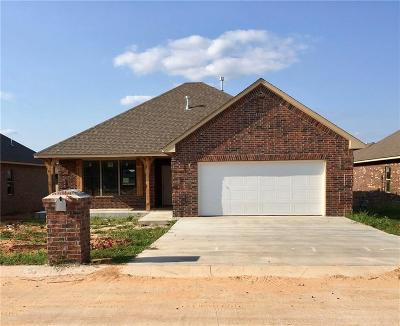 Harrah Single Family Home For Sale: 20543 Pioneer Dr