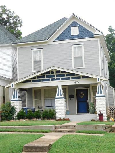 Single Family Home For Sale: 405 N Broad