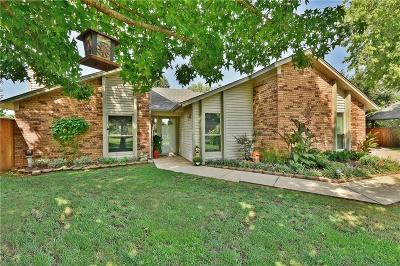 Edmond Single Family Home For Sale: 1000 Pine