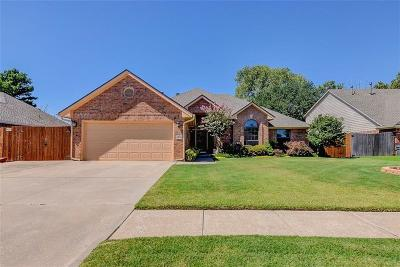 Norman Single Family Home For Sale: 3712 Wood Castle