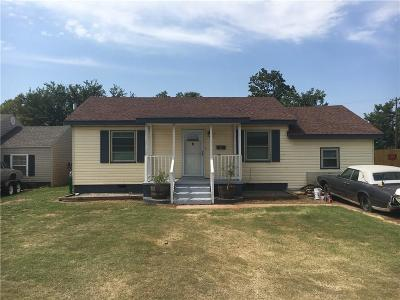 Elk City Single Family Home For Sale: 1109 Constantine