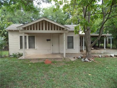 Rental For Rent: 715 SW 31st Street