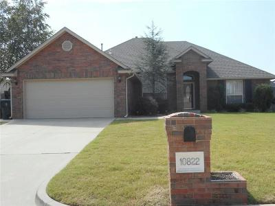Midwest City Single Family Home For Sale: 10822 Blue Sky Drive