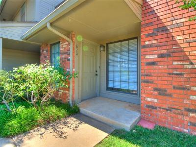Oklahoma County Condo/Townhouse For Sale: 1820 Deermont