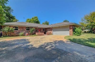 Norman Single Family Home For Sale: 222 N Mercedes