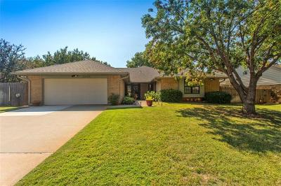Oklahoma City Single Family Home For Sale: 12805 Burlingame Avenue