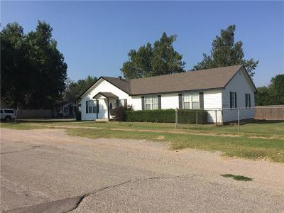 Tuttle Single Family Home For Sale: 107 SW 2nd Street