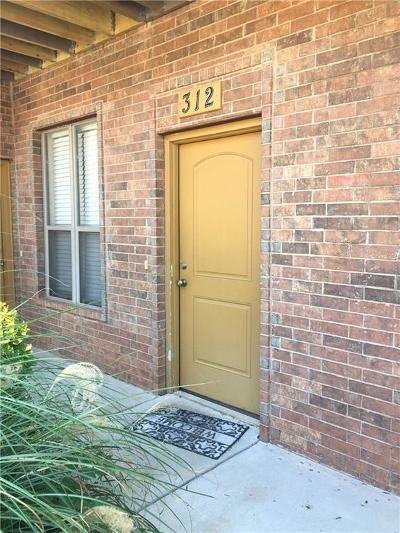 Norman Condo/Townhouse For Sale: 1812 Alameda Street #312