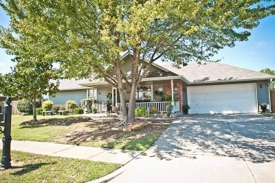 Norman Single Family Home For Sale: 908 Peppertree Place