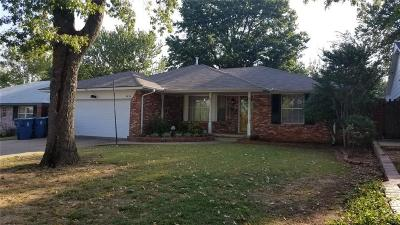Midwest City Single Family Home For Sale: 3656 Sunvalley Drive