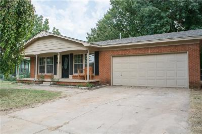 Midwest City Single Family Home For Sale: 700 E Towry Drive