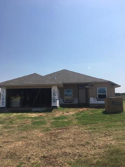 Newcastle Single Family Home For Sale: 1508 SE 17th Place
