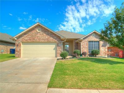 Moore Single Family Home For Sale: 9104 Shady Grove